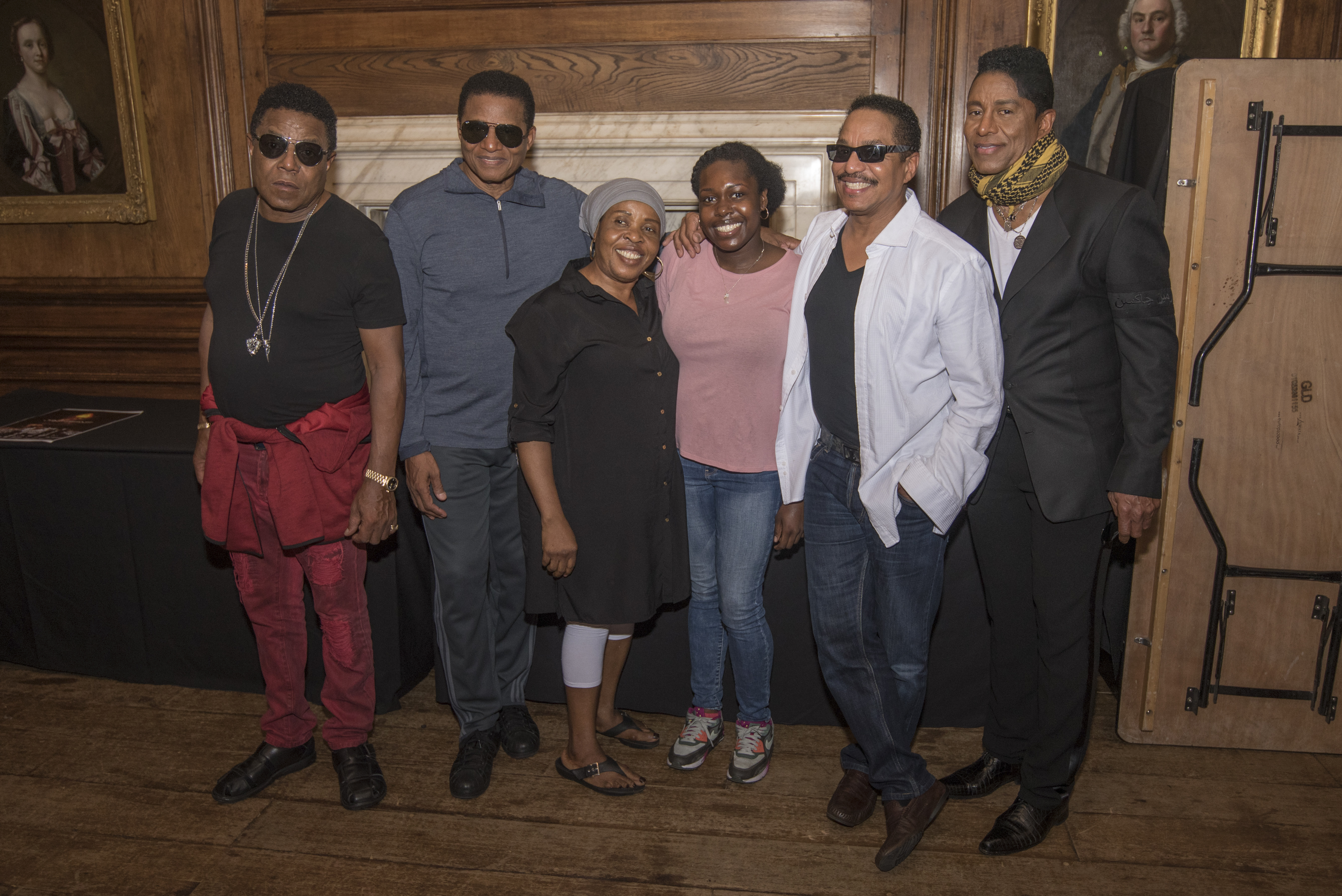 The jacksons meet and greets greenwich music time sign m4hsunfo